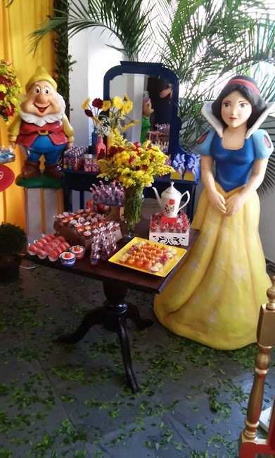 Snow white and wicked queen party birthday ideas