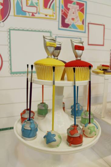 Modern Art Birthday Party cupcakes & cakepops