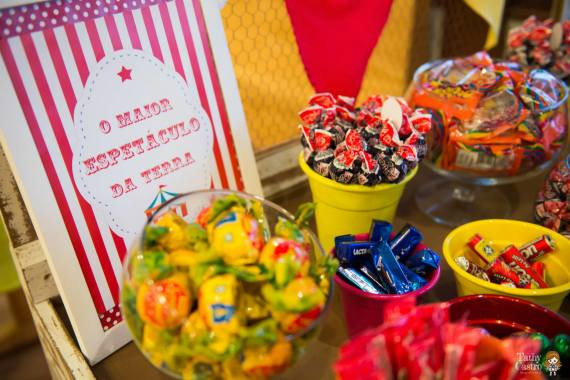 circus-themed-party-snacks