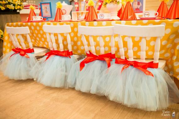 classic-red-white-circus-themed-birthday-party-ideas-tulle-chairs