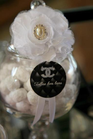 coco-chanel-inspired-birthday-party-toffee-bon-bons