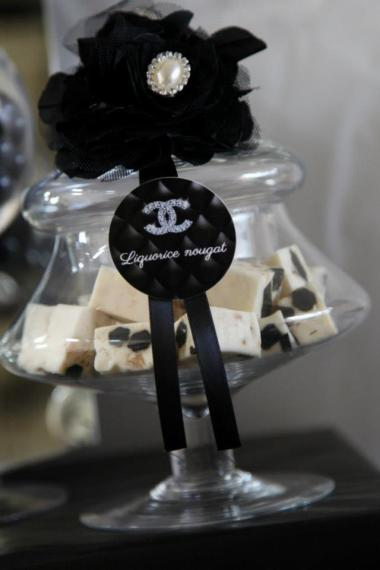 coco-chanel-inspired-birthday-party-treat