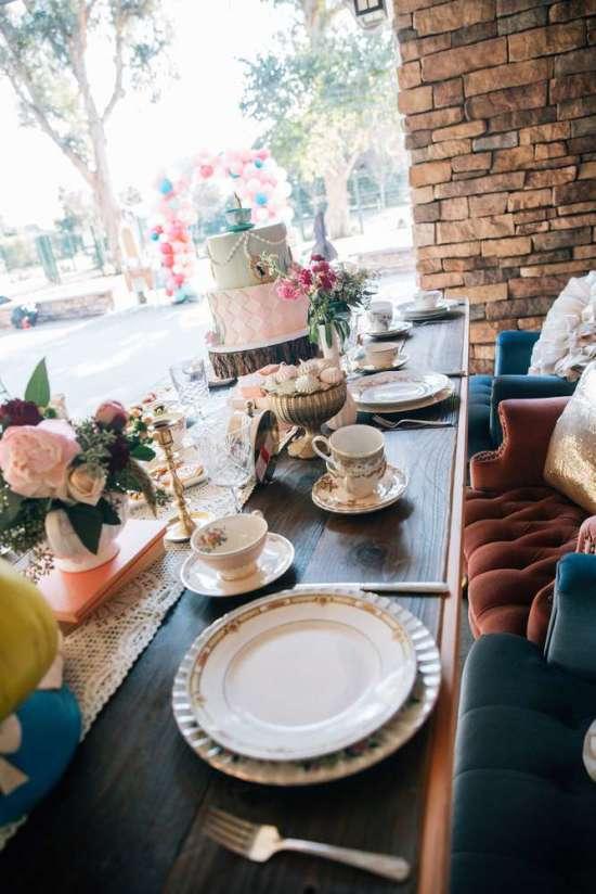 alice in wonderland tea party guesttables