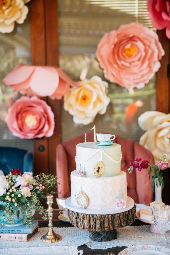 ariana-in-alice-in-wonderland-first-birthday-party-cake on timber