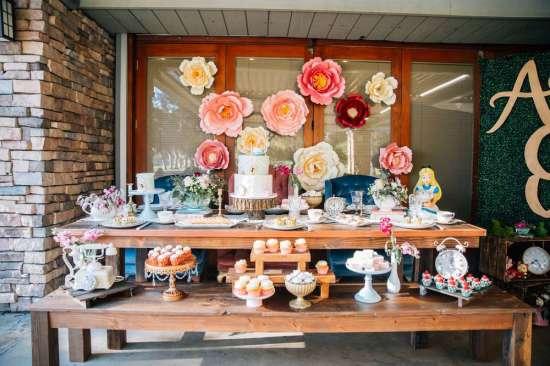 ariana-in-alice-in-wonderland-first-birthday-party dessert table