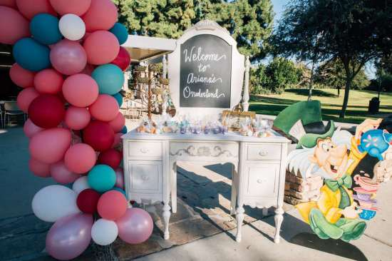 ariana-in-alice-in-wonderland-first-birthday-party welcome