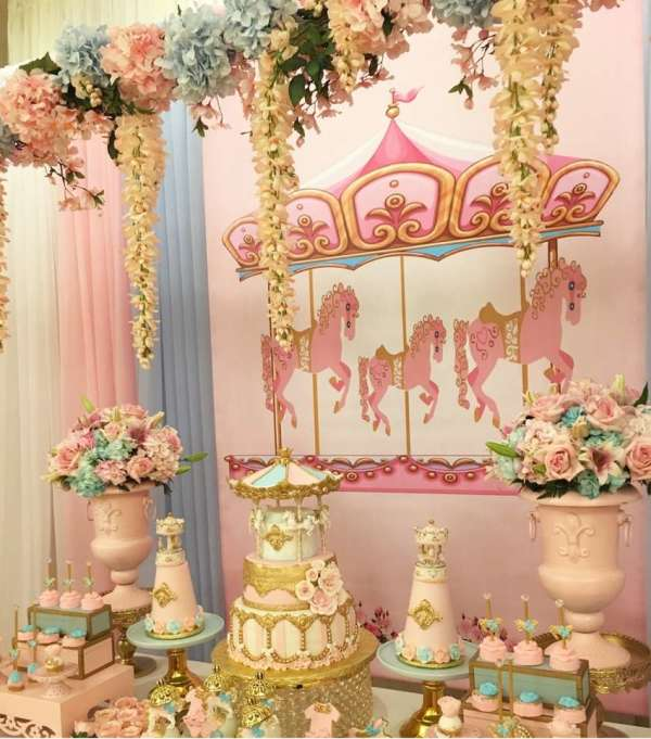 Charming-Carousel-Birthday-Party-Backdrop